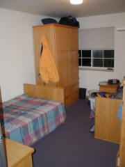 Men's facility bedroom